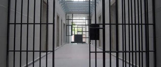 Marlaska vacía de presos etarras las cárceles del sur de España, símbolos de la política de dispersión
