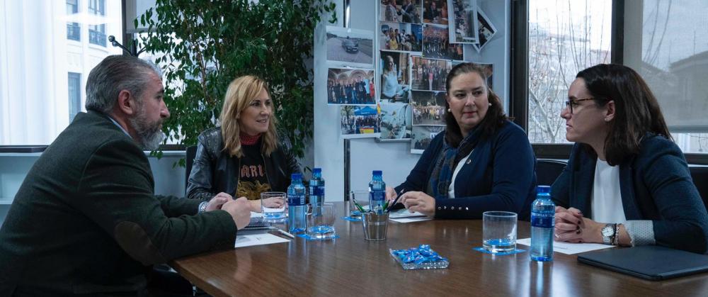 La AVT se reúne con Ana Beltrán, Presidenta del PP en Navarra y Vicesecretaria de Organización Nacional