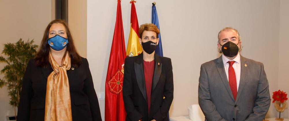 La AVT se reúne con la Presidenta de la Comunidad Foral de Navarra
