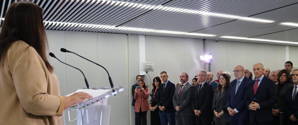 La AVT inaugura su exposición Vivir sin miedo/Vivir con memoria en Bilbao