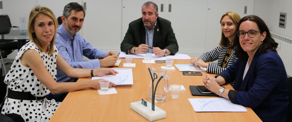 La AVT se reúne en su sede con el Grupo Municipal de Ciudadanos