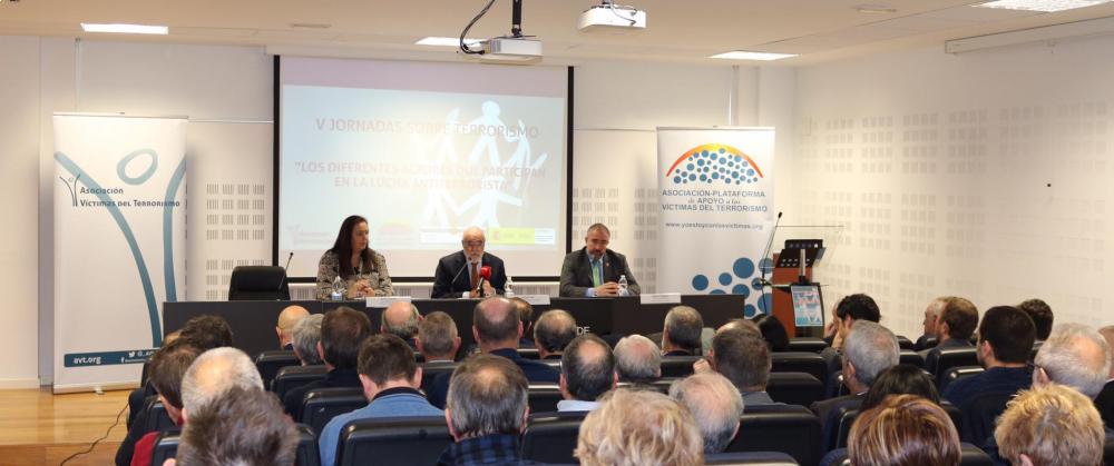 La AVT celebra sus quintas jornadas sobre terrorismo en el País Vasco