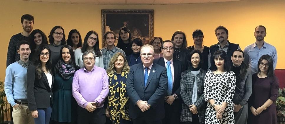 """Alfonso Sánchez clausura el diploma """"Atención psicológica a víctimas de atentados terroristas"""" en la UCM"""
