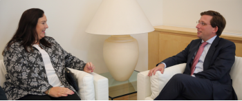 El Alcalde de Madrid reitera su compromiso con las víctimas del terrorismo
