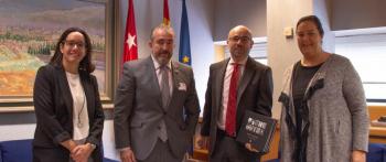 El Presidente de la Asamblea de Madrid reafirma su compromiso con la AVT