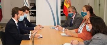 La AVT recibe la visita del Presidente del Partido Popular
