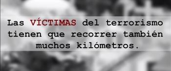 Las víctimas del terrorismo recorren muchos kilómetros... pero para visitar tumbas