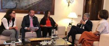 Fructífera reunión de trabajo de la AVT con el Ministro del Interior